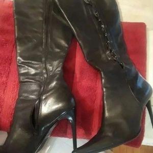 Bronx Black Boots Size 10